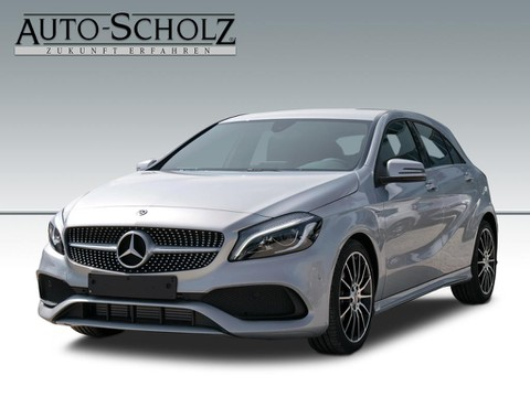 Mercedes A 200 PEAK AMG-LINE PARKASSI