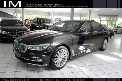 BMW 740 ld Xdrive Fond Entert Parken Night St