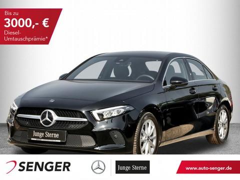 Mercedes-Benz A 200 Limousine Progressive Display digital