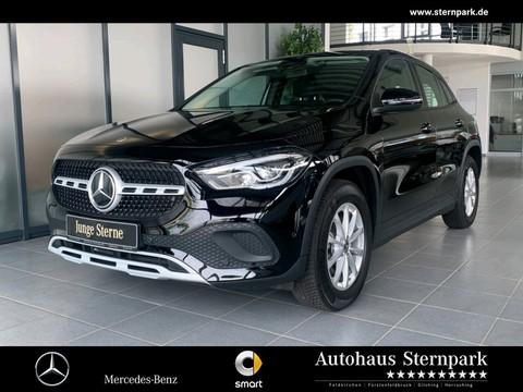 Mercedes-Benz GLA 200 MBUX Spur Notruf