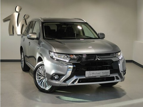 Mitsubishi Outlander Plug-in Hybrid BASIS