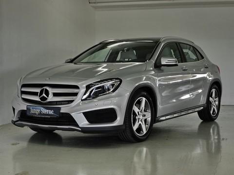 Mercedes GLA 250 9.4 AMG seltene Farbkombi exNP 426�