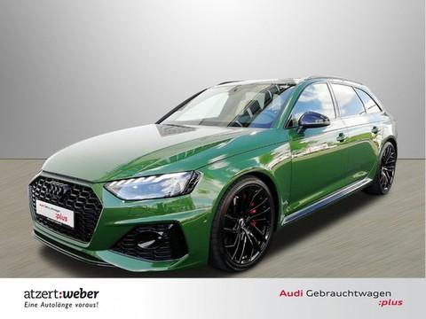 Audi RS4 quattro