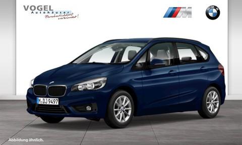 BMW 218 i Active Tourer Modell Advantage Komfortzugang