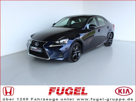 Lexus IS 300 2.5 h Amazing Edition |