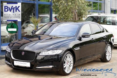 Jaguar XF 2.0 D Prestige MY2017