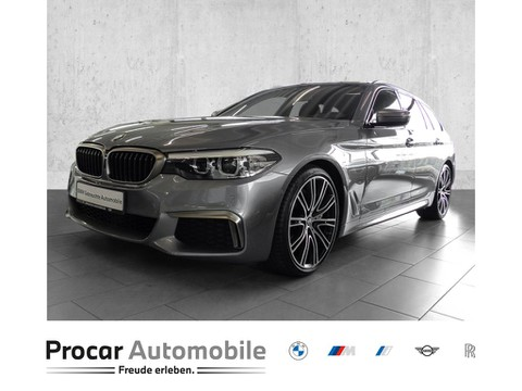 BMW M550 d xDrive Aktivlenkung Finanz