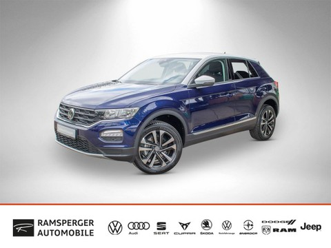 Volkswagen T-Roc 1.5 TSI IQ DRIVE Lane Side