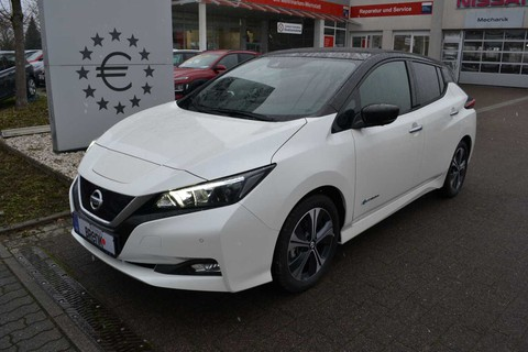 Nissan Leaf h N-Connecta °