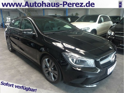 Mercedes-Benz CLA 220 Shooting Brake URBAN