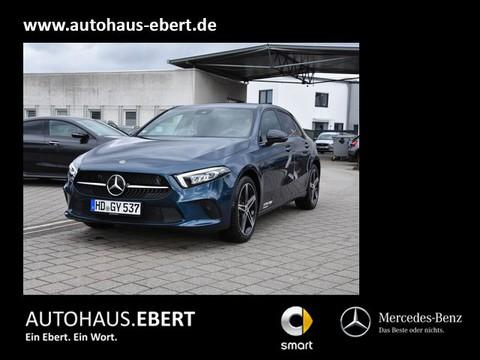 Mercedes-Benz A 160 Progressive MBUX