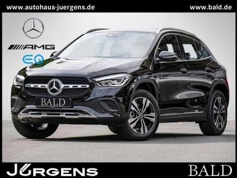 Mercedes-Benz GLA 220 d Progressive 18