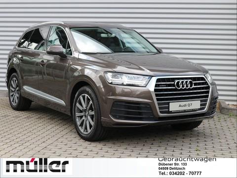 Audi Q7 undefined