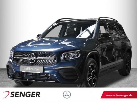 Mercedes-Benz GLB 200 AMG Display digital Night