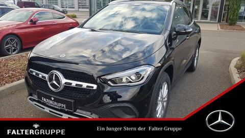 Mercedes-Benz GLA 200 elHeck SpiegelPk
