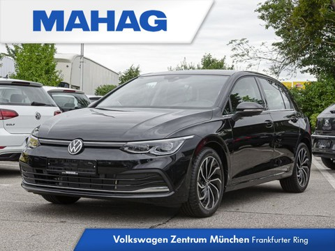 Volkswagen Golf 1.5 TSI Style First Edition Style