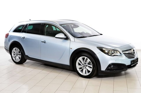 Opel Insignia CT 2.0 Country Tourer und Paket