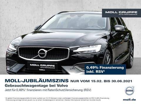 Volvo V60 Momentum Harmann