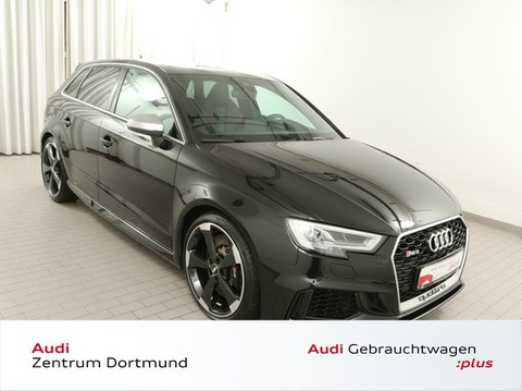 Audi RS3 Sportback Sitze 280kmh Sportaga 98DB