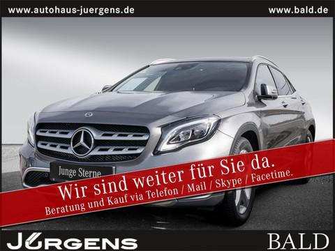 Mercedes-Benz GLA 200 Urban HarmanK 18