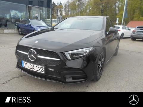 Mercedes-Benz A 200 AMG NIGHT ° MBUX