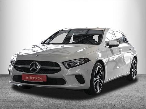 Mercedes-Benz A 220 Progressive Display digital