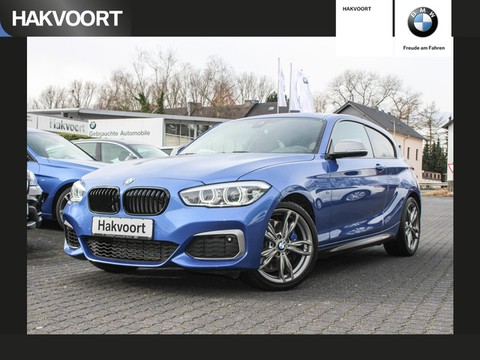 BMW M135 i xDrive aktiv Schn