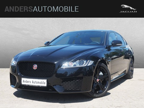Jaguar XF 30d Automatikgetriebe Chequered Flag