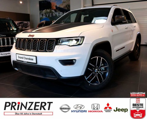 Jeep Grand Cherokee 3.0 CRD Trailhawk Velour Black Ruby Red