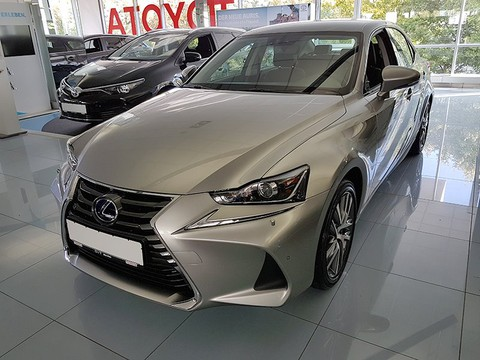 Lexus IS 300 h Executive Safety