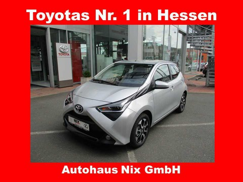 Toyota Aygo x-play connect TFL