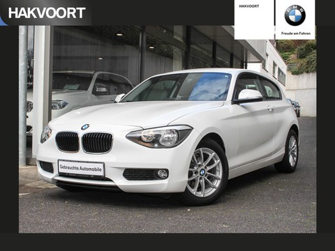 BMW 114 i Business MF Lenkrad