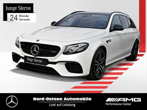 Mercedes-Benz E 63 AMG S T AMG Drivers P ° Wide