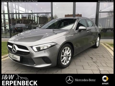 Mercedes-Benz A 180 Progressive MBUX
