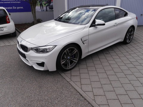 BMW M4 Coupe DISPLAY PROFESSIONAL