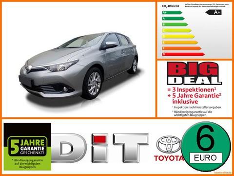 Toyota Auris 1.8 Hybrid Team D