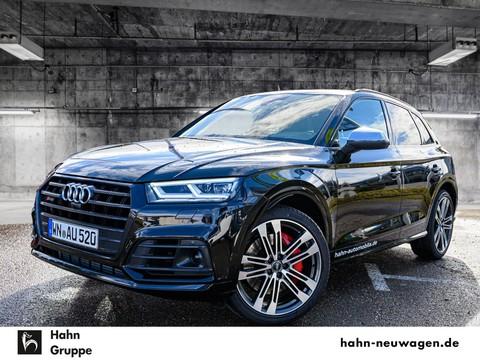 Audi SQ5 quattro Standhei