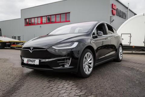 Tesla Model X 75D Autopilot 2