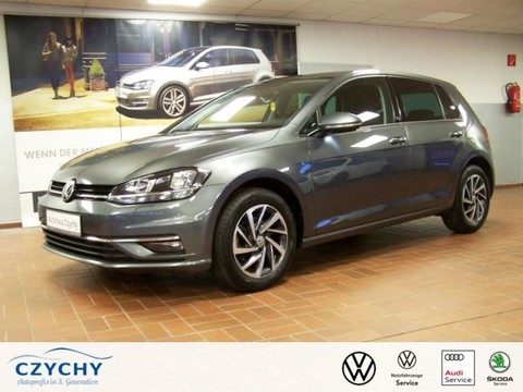 Volkswagen Golf 1.6 TDI VII APP Conn