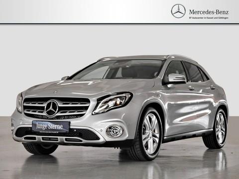 Mercedes GLA 250 Urban viele Extras L E D