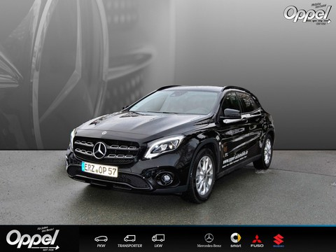 Mercedes GLA 180 URBAN PARK NIGHT