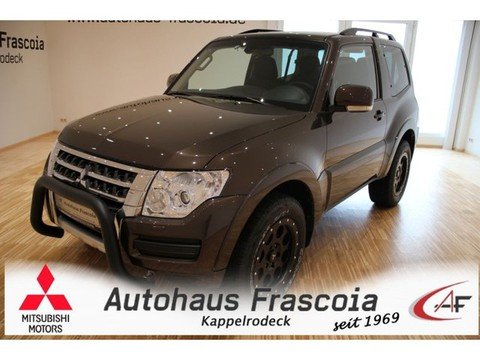 Mitsubishi Pajero 3.2 DI-D 3-t Final Edition