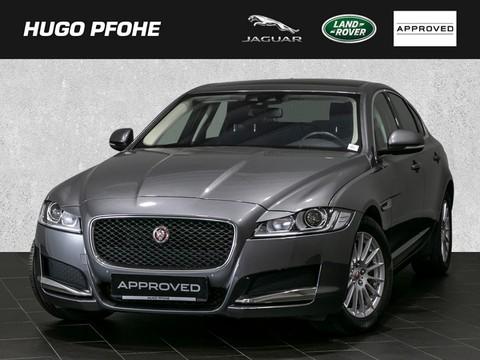Jaguar XF Pure E-Performance