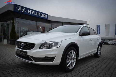 Volvo V60 CC Cross Country D3 Momentum A T
