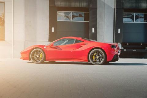 Ferrari 488 GTB undefined