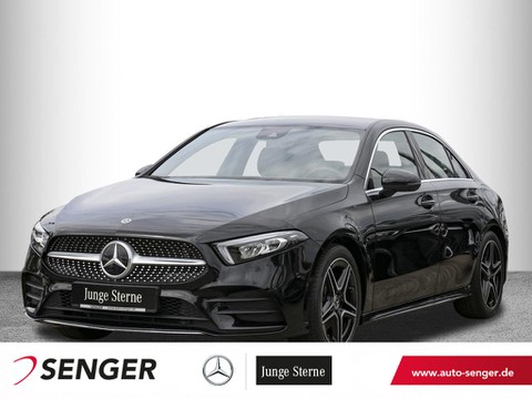 Mercedes-Benz A 200 Limousine AMG Display digital Ambiente