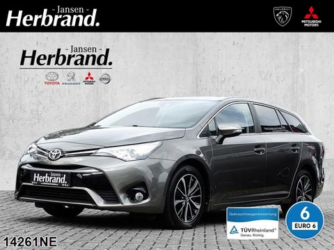 Toyota Avensis 1.8 TS TeamD SAFETY