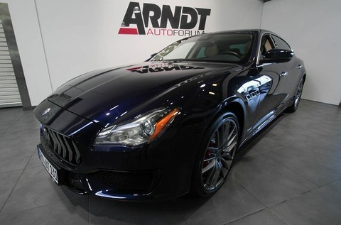 Maserati Quattroporte SQ4 GranSport Convenience Package