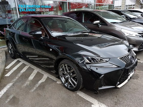 Lexus IS 300 h F Sport