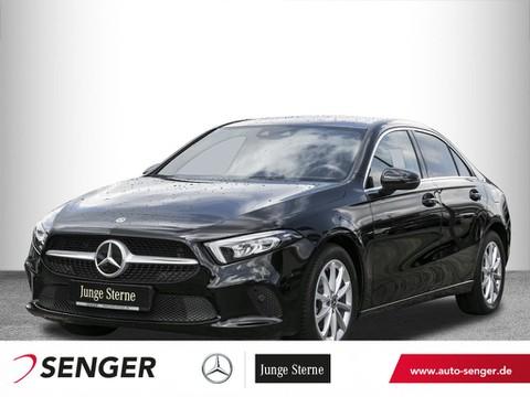 Mercedes-Benz A 180 Limousine Progressive Display digital